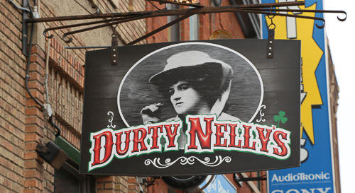 Durty nelly's sign