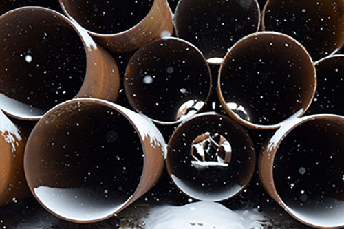 Snowy pipes
